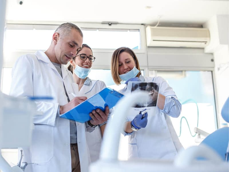 Necessity Of A Dentist For Sensitive Tooth Treatment (With Clinical Trials)